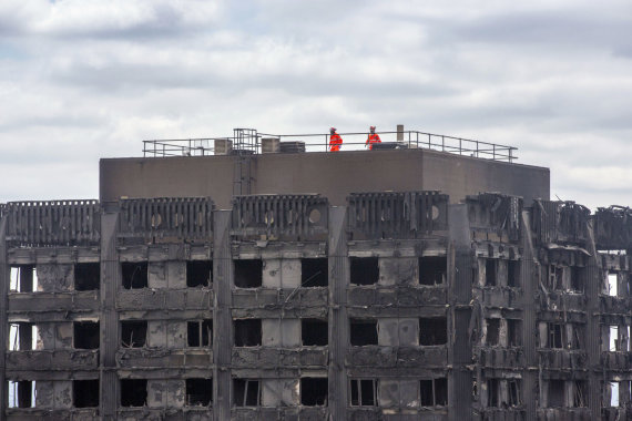 """Scanpix""/AP nuotr./Londono ugniagesiai"