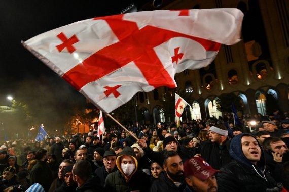 """Reuters""/""Scanpix"" nuotr./Sakartvelo opozicijos protestai Tbilisio centre"