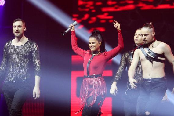 """Juliaus Kalinsko / 15min nuotr./Suomijos atstovė """"Eurovizijoje"""" Saara Aalto"""