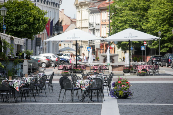 Juliaus Kalinsko / 15min nuotr./Lauko kavinės
