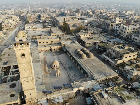 """AFP/""""Scanpix"""" nuotr./Sirijoje tebesiaučiantis karas"""