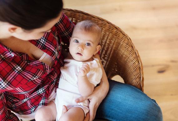 123RF.com nuotr./Mama su kūdikiu
