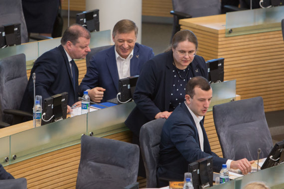 Juliaus Kalinsko / 15min nuotr./Saulius Skvernelis, Ramūnas Karbauskis, Agnė Širinskienė