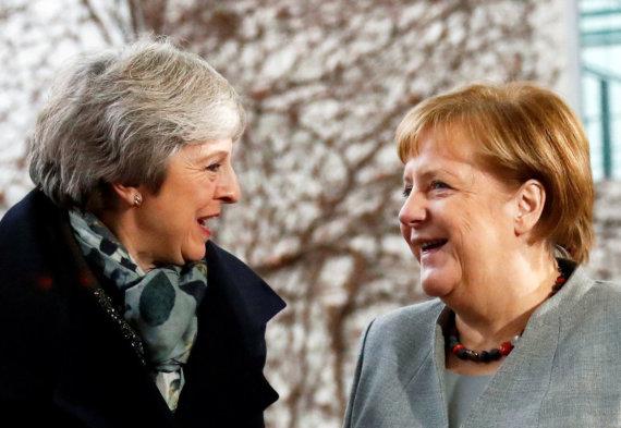 """Reuters""/""Scanpix"" nuotr./Theresa May ir Angela Merkel"