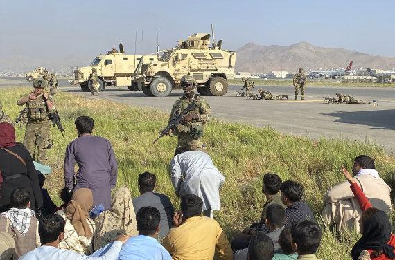 """Scanpix""/AP nuotr./JAV kariai Kabulo oro uoste"