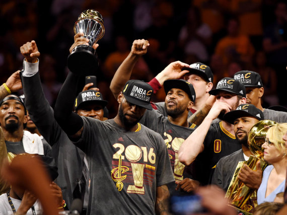 """""""Reuters""""/""""Scanpix"""" nuotr./LeBronas Jamesas – finalo serijos MVP"""