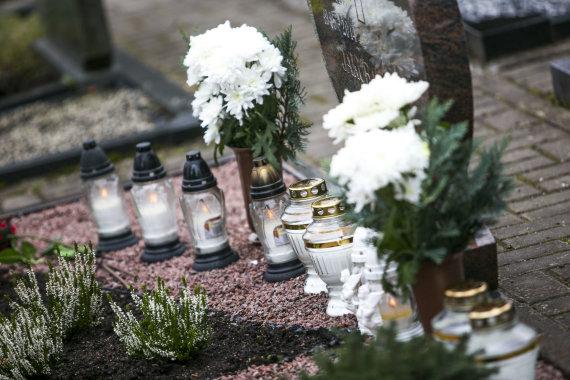 Irmanto Gelūno / 15min nuotr./Vilniaus Karveliškių kapinės