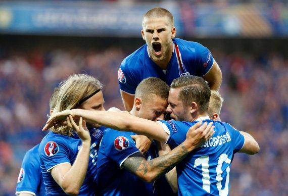 """""""Reuters""""/""""Scanpix"""" nuotr./Islandijos futbolo rinktinė pažėrė staigmenų per pastarąsias Europos futbolo pirmenybes."""
