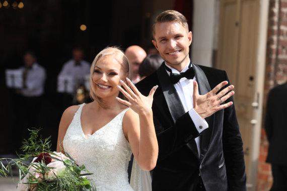 Eriko Ovčarenko / 15min nuotr./Martyno Kavaliausko ir Rusnės Jankauskytės vestuvės