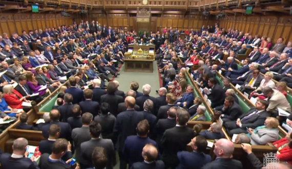 """AFP/""""Scanpix"""" nuotr./Jungtinės Karalystės Bendruomenių rūmai"""