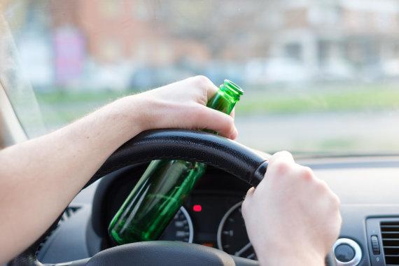Vida Press nuotr./Alkoholis vairuojant