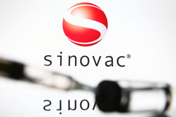 "ZUMAPRESS/Scanpix nuotr./ ""Sinovac"" vakcina"