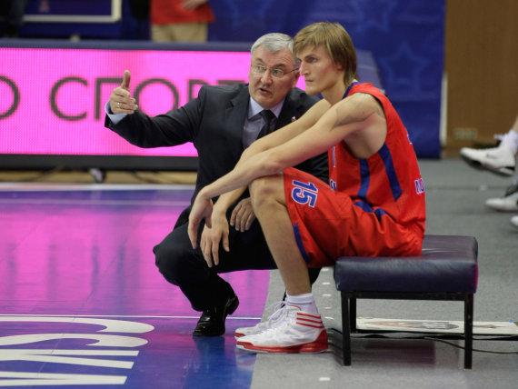 Getty Images/Euroleague.net nuotr./Jonas Kazlauskas ir Andrejus Kirilenko 2012 m.