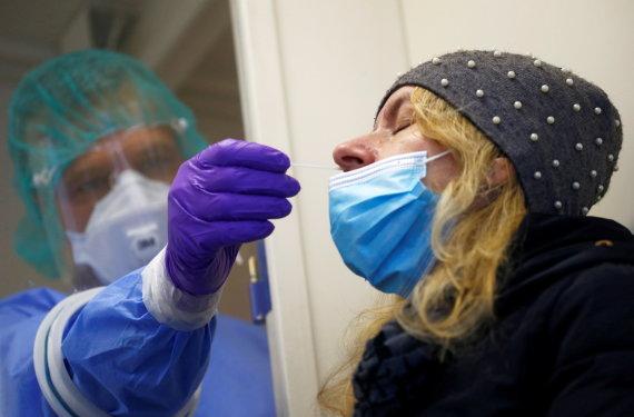 """""""Reuters""""/""""Scanpix"""" nuotr./Slovėnija pradeda masinį gyventojų testavimą dėl COVID-19"""