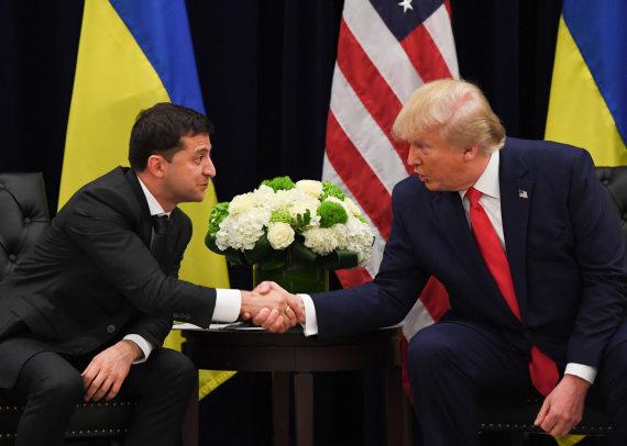 """AFP/""""Scanpix"""" nuotr./Volodymyras Zelenskis ir Donaldas Trumpas"""