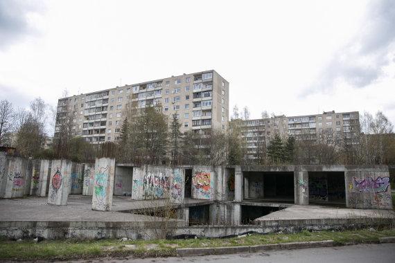 Žygimanto Gedvilos / 15min nuotr./Žirmūnų ir Kareivių gatvių sankryžoje buvęs pastatas