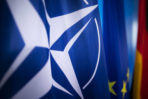 Imago / Scanpix nuotr./NATO vėliava