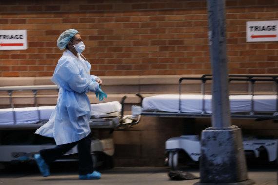 """AFP/""""Scanpix"""" nuotr./Niujorke ligoninės jau perpildytos"""