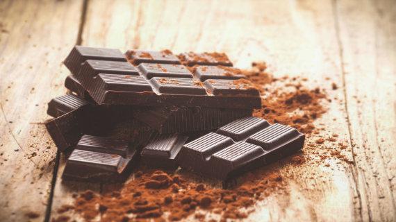 123RF.com nuotr./Juodasis šokoladas