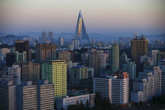 """""""Reuters""""/""""Scanpix"""" nuotr./""""Ryugyong"""" viešbutis"""