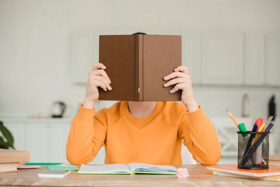 123RF.com nuotr./Tėvai turėtų skatinti vaikus mokytis savarankiškai