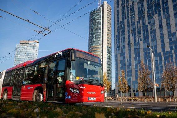 """SĮ """"Susisiekimo paslaugos"""" nuotr./Naujieji Vilniaus autobusai ir troleibusai"""