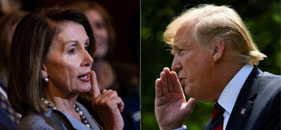 """AFP/""""Scanpix"""" nuotr./Nancy Pelosi ir Donaldas Trumpas"""