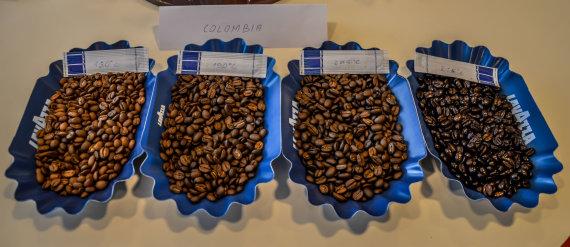 Skirtingo skrudinimo arabikos pupelės iš Kolumbijos