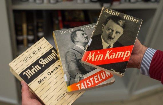 "AFP/""Scanpix"" nuotr./Adolfo Hitlerio ""Mano kova"" (""Mein Kampf"")"