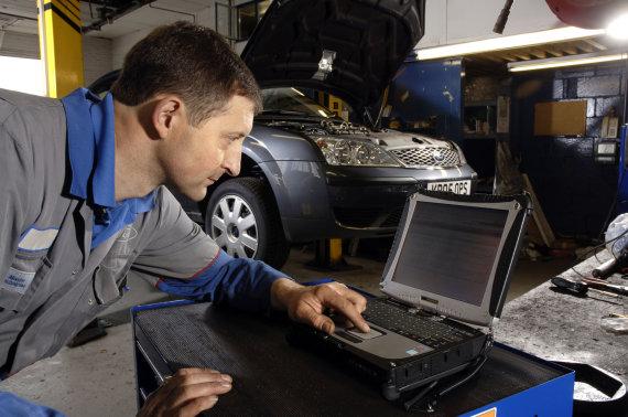 Vida Press nuotr./Automobilio diagnostika servise