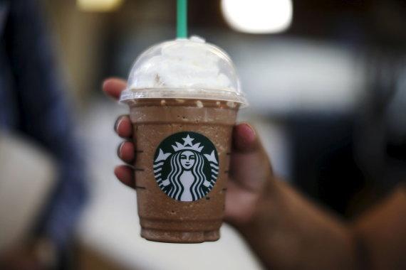 """""""Reuters""""/""""Scanpix"""" nuotr./Vienkartiniai kavos puodeliai žaibiškai tapo viena dažniausių šiukšlių"""