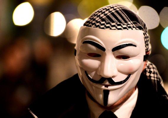 """Scanpix nuotr./""""Anonymous"""" simbolis – Gajaus Fokso kaukė"""