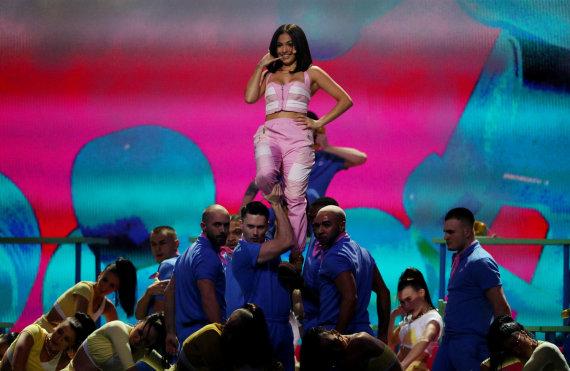 """""""Reuters""""/""""Scanpix"""" nuotr./Mabel pasirodymas """"Brit Awards"""" ceremonijoje"""