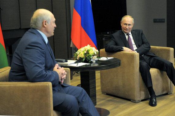"""""""Scanpix""""/ITAR-TASS nuotr./Vladimiro Putino ir Aliaksandro Lukašenkos susitikimas Sočyje"""