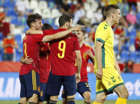 """""""Reuters""""/""""Scanpix"""" nuotr./Ispanijos futbolininkų džiaugsmas"""