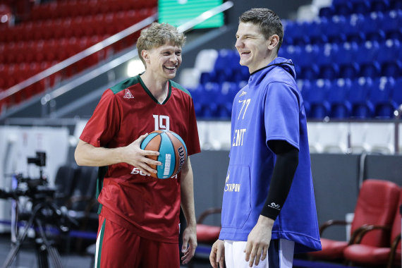VTB-League.com nuotr./Mindaugas Kuzminskas ir Artūras Gudaitis