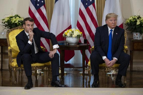 """Scanpix""/AP nuotr./Emmanuelis Macronas, Donaldas Trumpas"
