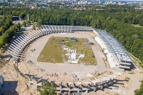Kauno miesto savivaldybės nuotr./Statomas S.Dariaus ir S.Girėno stadionas Kaune