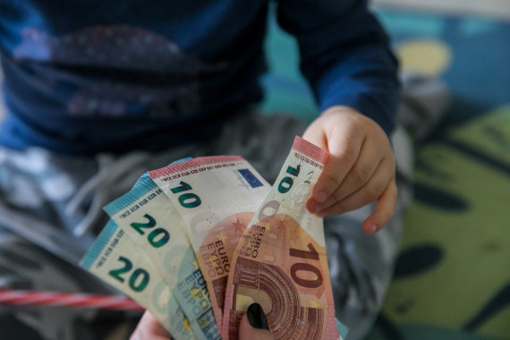 Juliaus Kalinsko / 15min nuotr./Vaiko pinigai