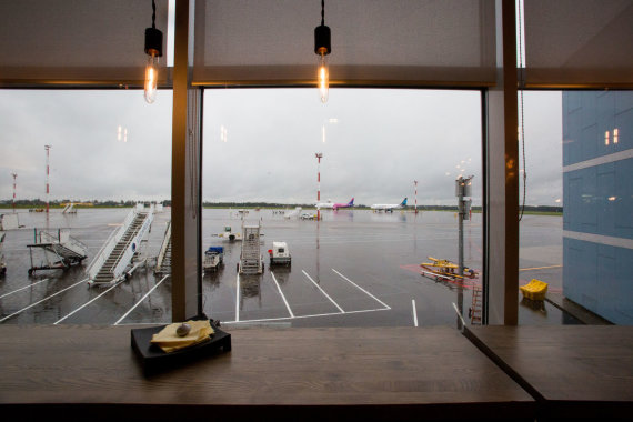 Vidmanto Balkūno / 15min nuotr./Kavinės ir restoranai Vilniaus oro uoste
