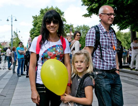 """Gretos Skaraitienės / 15min nuotr./Jurga Baltrukonytė Baltic Pride 2016 eitynėse """"Už lygybę!"""""""