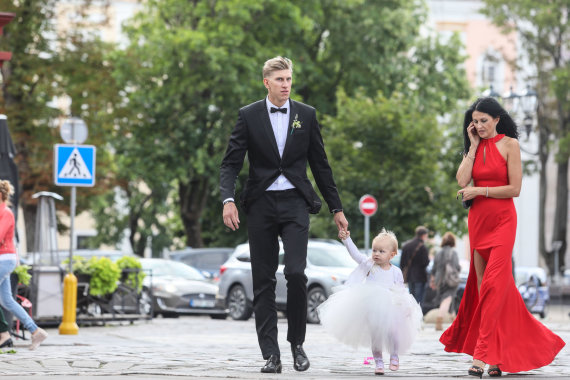 Eriko Ovčarenko / 15min nuotr./Ronaldas Rutkauskas su dukrele Adrija
