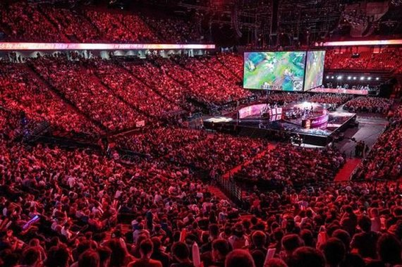 """Sortir & Paris"" nuotr./League of Legends 2019 m. Worlds Finalai Paryžiuje"