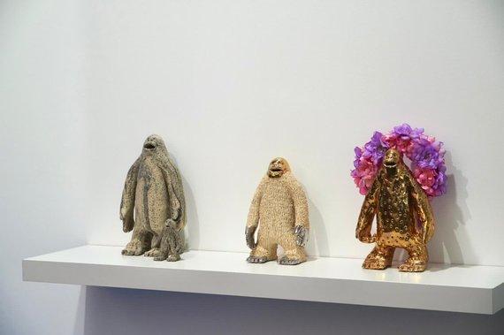 """""""The Rooster Gallery"""" nuotr./Tomo Daukšos instaliacijos fragmentas"""