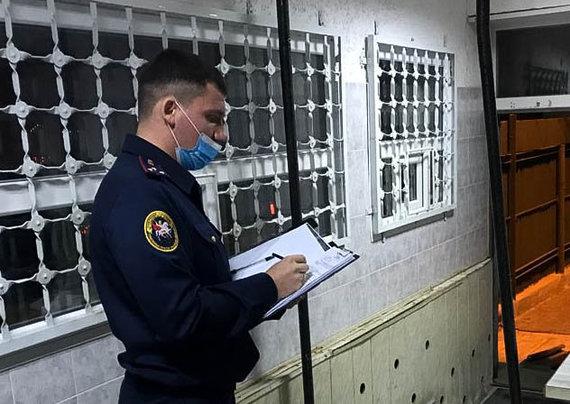 """Tass/""""Scanpix"""" nuotr./Saratovo kalėjimo tuberkuliozės ligonės pareigūnams skelbiami įtarimai"""