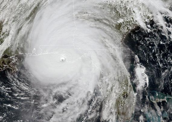 "AFP/""Scanpix"" nuotr./Uraganas iš kosmoso"