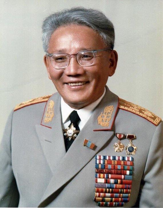 Wikipedia.org nuotr./Jumžagijnas Cedenbalas (1970 m.)