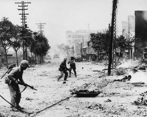 Wikipedia.org nuotr./Mūšis Seulo gatvėse Korėjos karo metu (1950 m. rugsėjis)