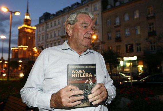 """Reuters""/""Scanpix"" nuotr./Davidas Irvingas Varšuvoje"