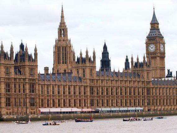 """AFP/""""Scanpix"""" nuotr./Parlamento rūmai Londone"""